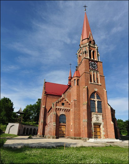 Sanctuarul-Marian-Cacica