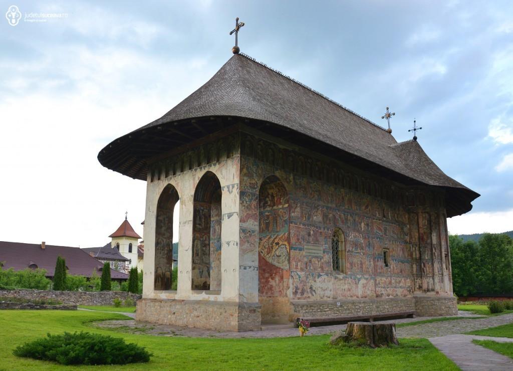 Manastirea-Humor-1024x740