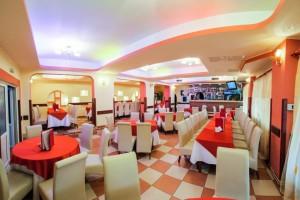 restaurant-2-1024x683